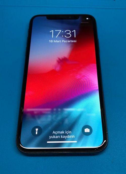 iPhone X Ön Cam Değişimi