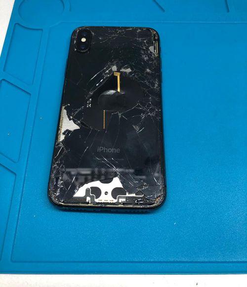 iPhone X Pil Kapağı Değişimi
